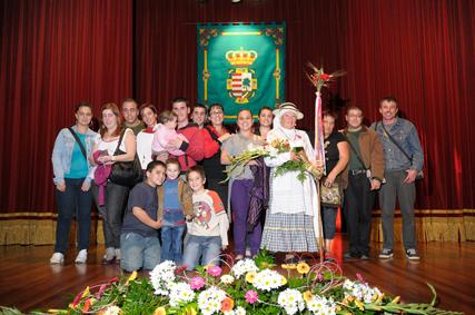 Felicidades Ramona por el título de Romera Mayor de la Tercera Edad de Tegueste 2009
